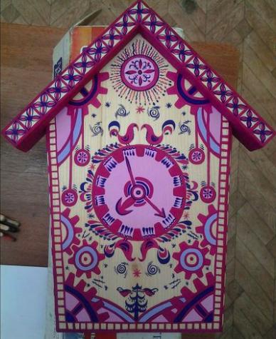 Картинка мезенской росписи на скворечнике